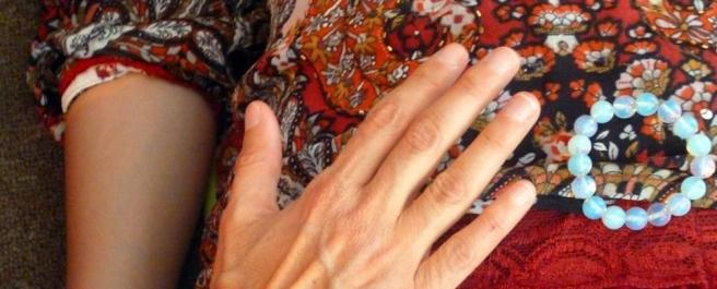 wombhealing hand